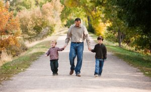 606_1family_brothers_portraits_outdoors_autumn_photography[1]